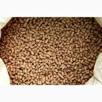 Кормосмесь в гранулах: ячмень, пшеница, кукуруза, просо, жмых, монокальций, мел