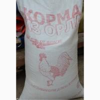 Сено в рулонах, тюках, опилки, комбикорма, фуражное зерно