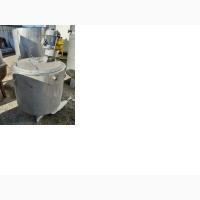 Емкость нержавеющая, объем - 0, 28 куб. м., мешалка, рубашка инв 769