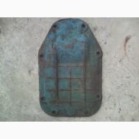 Крышка правая корпуса КПП трактора МТЗ-80