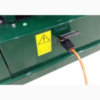 Труборельсовая электрическая тележка для ухода за тепличными растениями