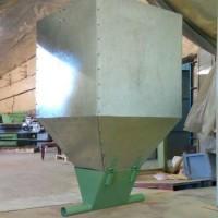 Бункер для сухих кормов 300 л